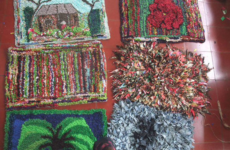 Learn rug making at the Museum